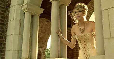 A2 Media: Intertextuality Analysis: Taylor Swift - Love Story