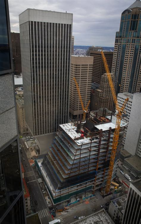 Amazon abandons plan to occupy huge downtown Seattle