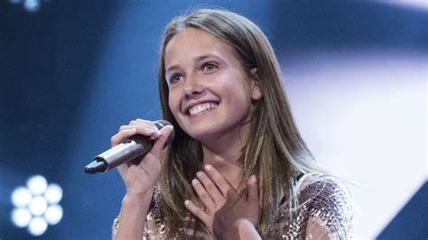 Voice Junior: Johanne på 13 år synger 'Love Me Harder' - TV 2