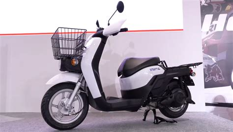 032219-honda-benly-electric-scooter-prototype - Motorcycle