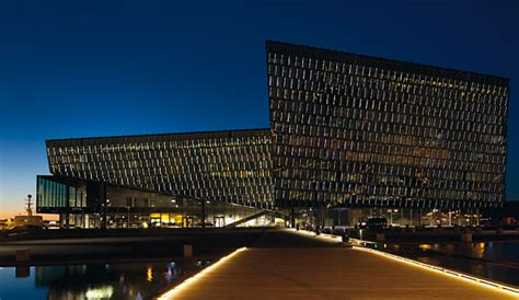 LED façade and architectural lighting - Zumtobel