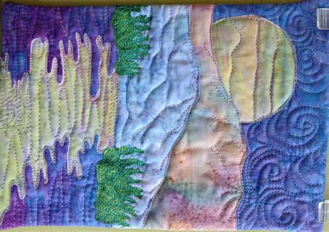 easy landscape art quilt pattern tutorial : moon over the