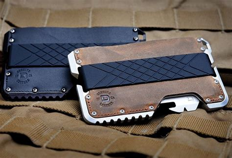 Best Tactical Wallet: Best Products and Buying Guide