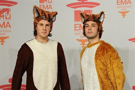 Ylvis, 'The Fox (What Does the Fox Say)' – Song Meaning
