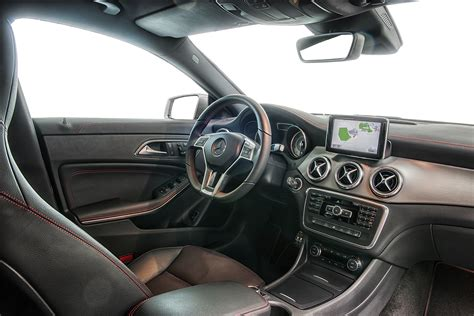 Mercedes-Benz Launches the CLA 250 Sport Version
