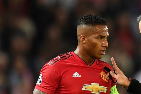 Manchester United Defender Leaves After 10 Years At The