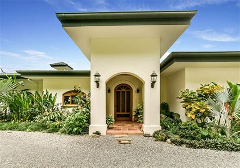Spanish Style Ocean View Home in Dominical - Costa Rica