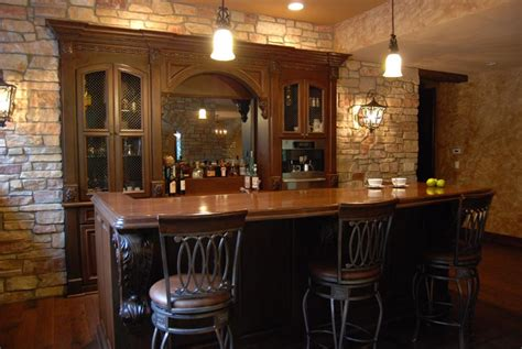 Rich & Traditional Bar - Cabinets by Graber