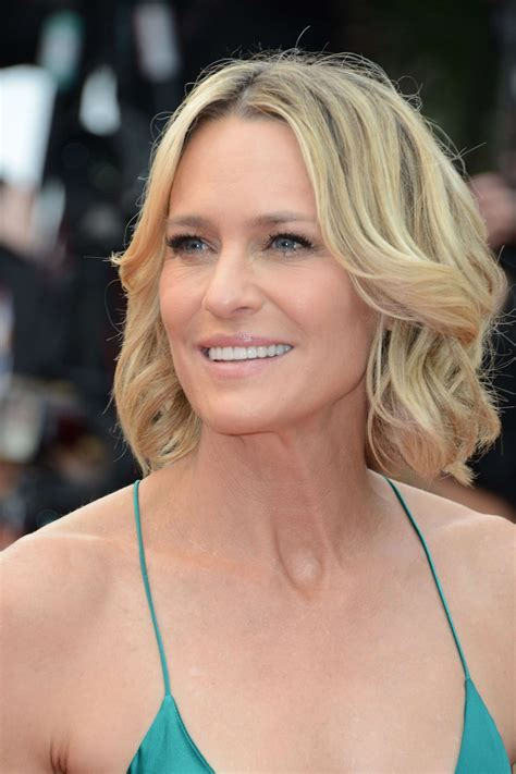 Robin Wright Penn photo gallery - page #8 | ThePlace