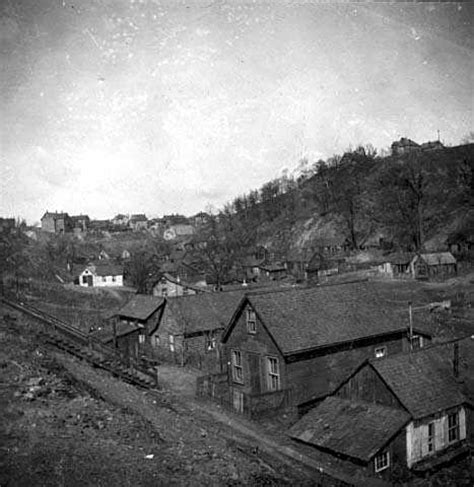 Swede Hollow, view towards Dayton's Bluff | MNopedia
