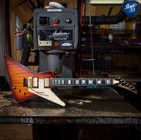 What do you think of this #JacksonGuitars X-Stroyer? From