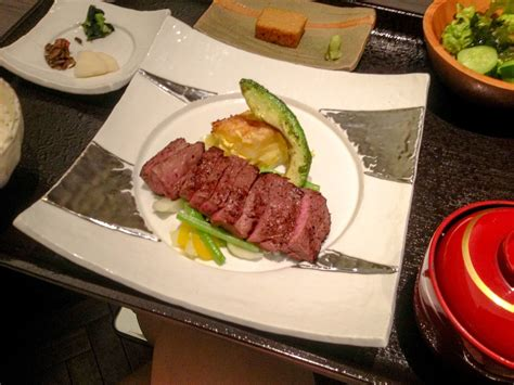 A French girl travels: Taste affordable Kobe Beef in Tokyo