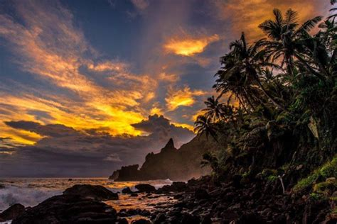 Pitcairn: This Island Is A Paradise! | memolition