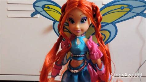 Winx Bloom Sophix doll REVIEW HD - YouTube