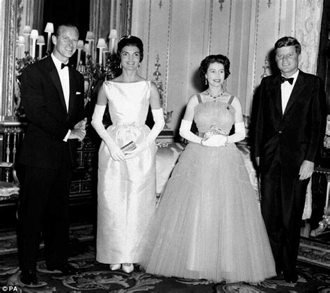 Jackie Kennedy letters: Film reveals some 800,000 heart