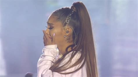 Ariana Grande - Somewhere Over the Rainbow (Live at One