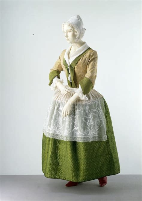 Quilted petticoat | V&A Search the Collections