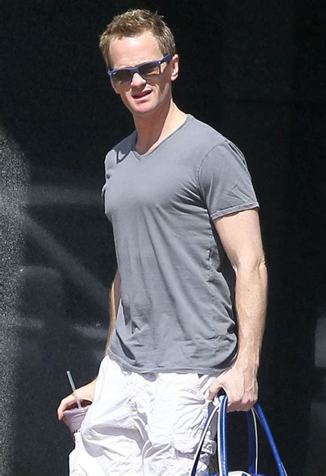 Neil Patrick Harris Height, Stats and Body Measurements