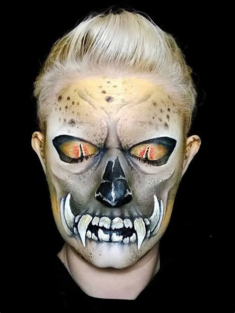 Make-up Artist Paints the Most Mind-Fucking, Scary
