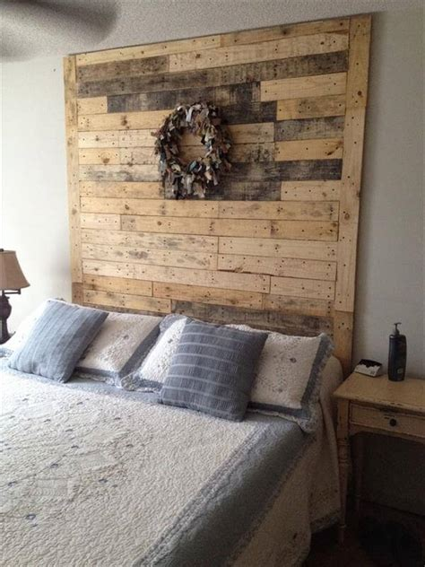 40 Recycled DIY Pallet Headboard Ideas