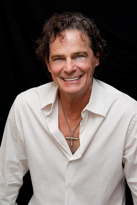 Get 'Hooked on a Feeling' with Vocalist BJ Thomas at