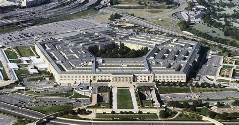 Pentagon to pay for surgery for transgender soldier - NBC News